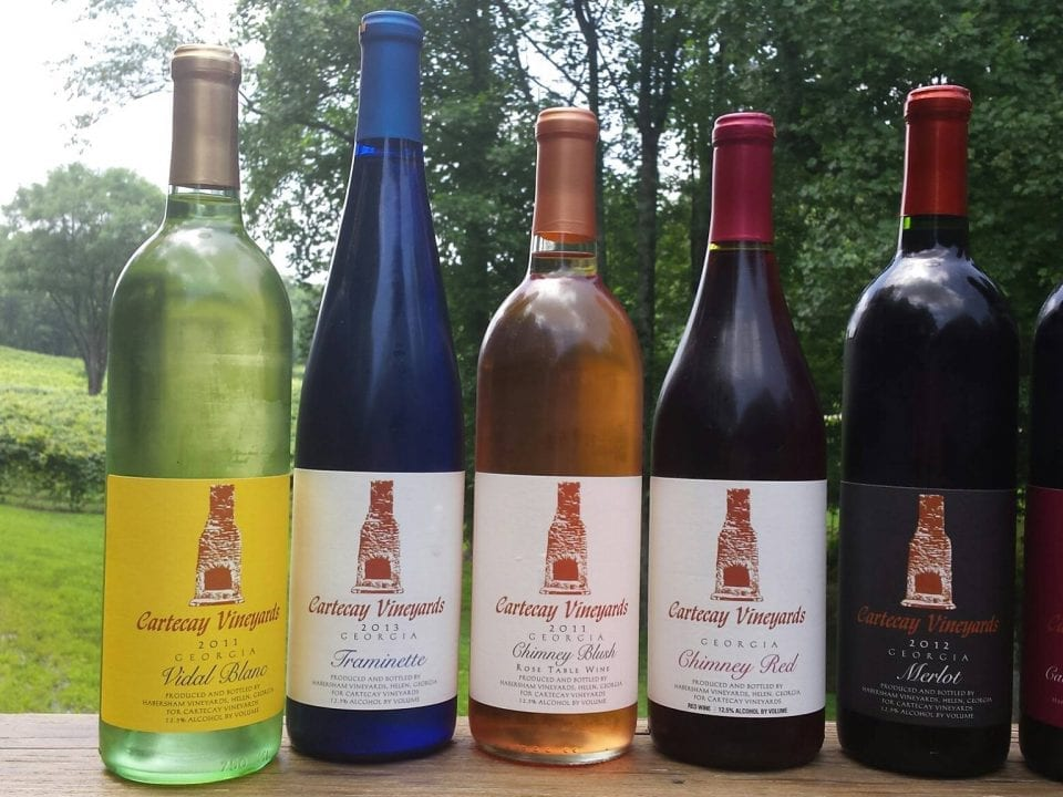 Cartecay Vineyards wine bottles